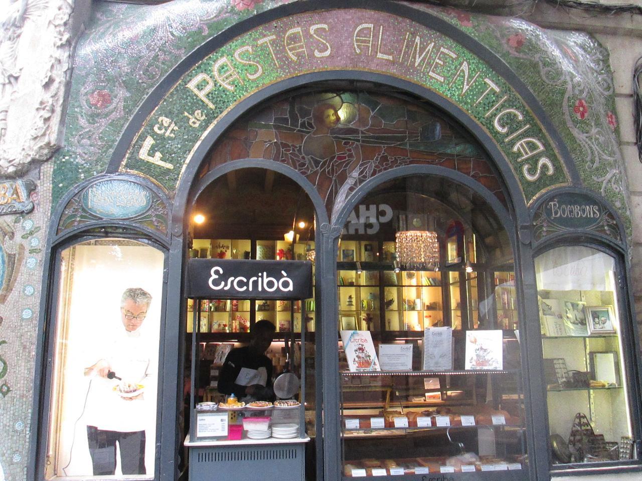 escriba witryna cukierni Barcelona
