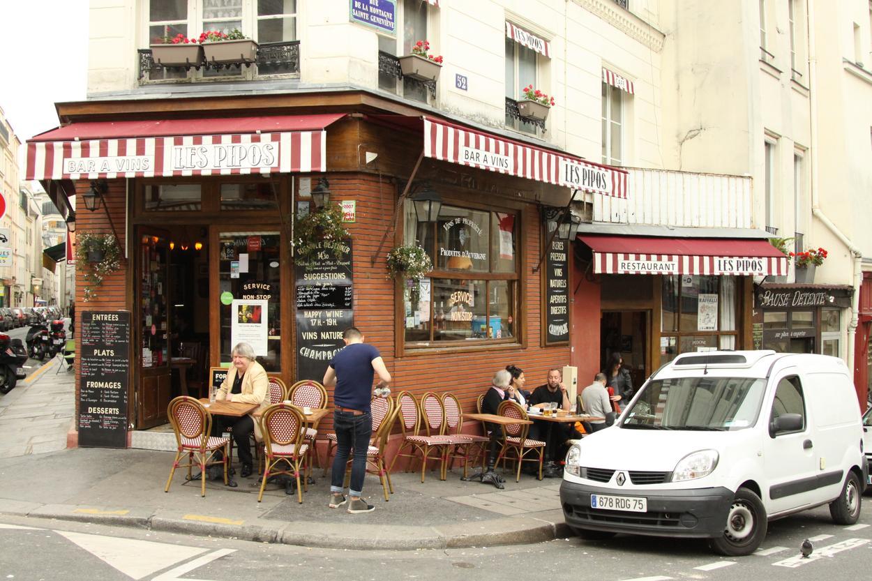 paryskie klimaty kawiarnie