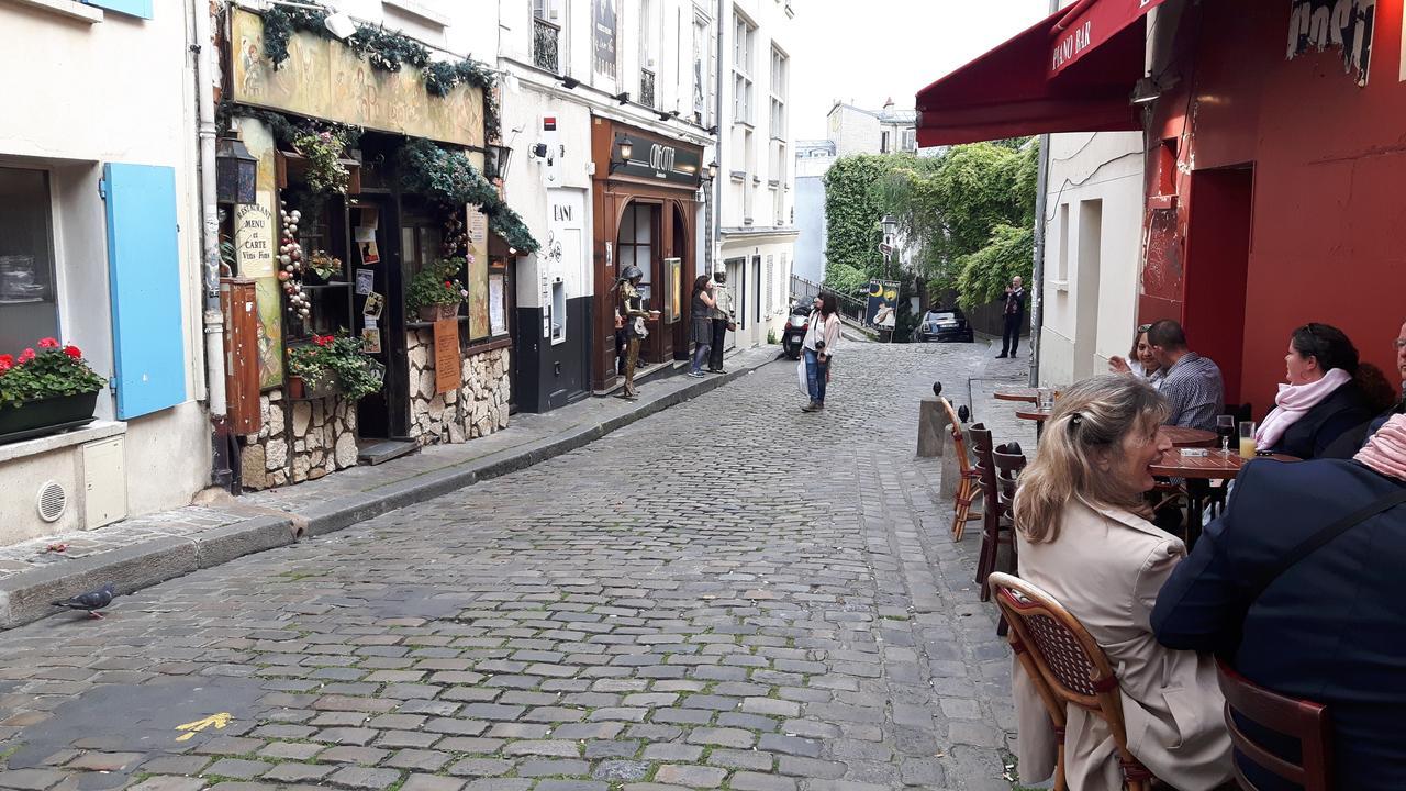 paryz ulice i kawiarnie