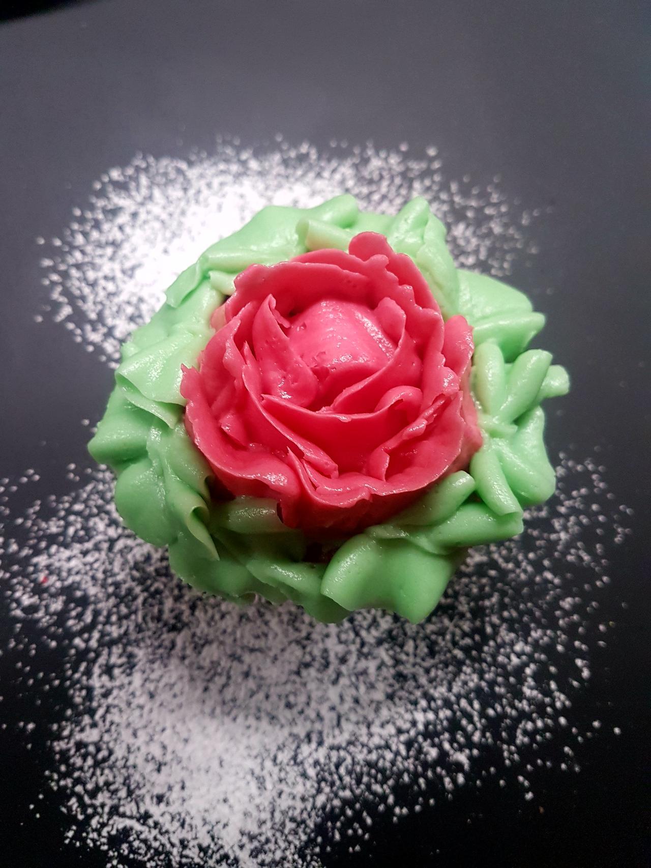 cupcake roza kurs cukierniczy I stopnia