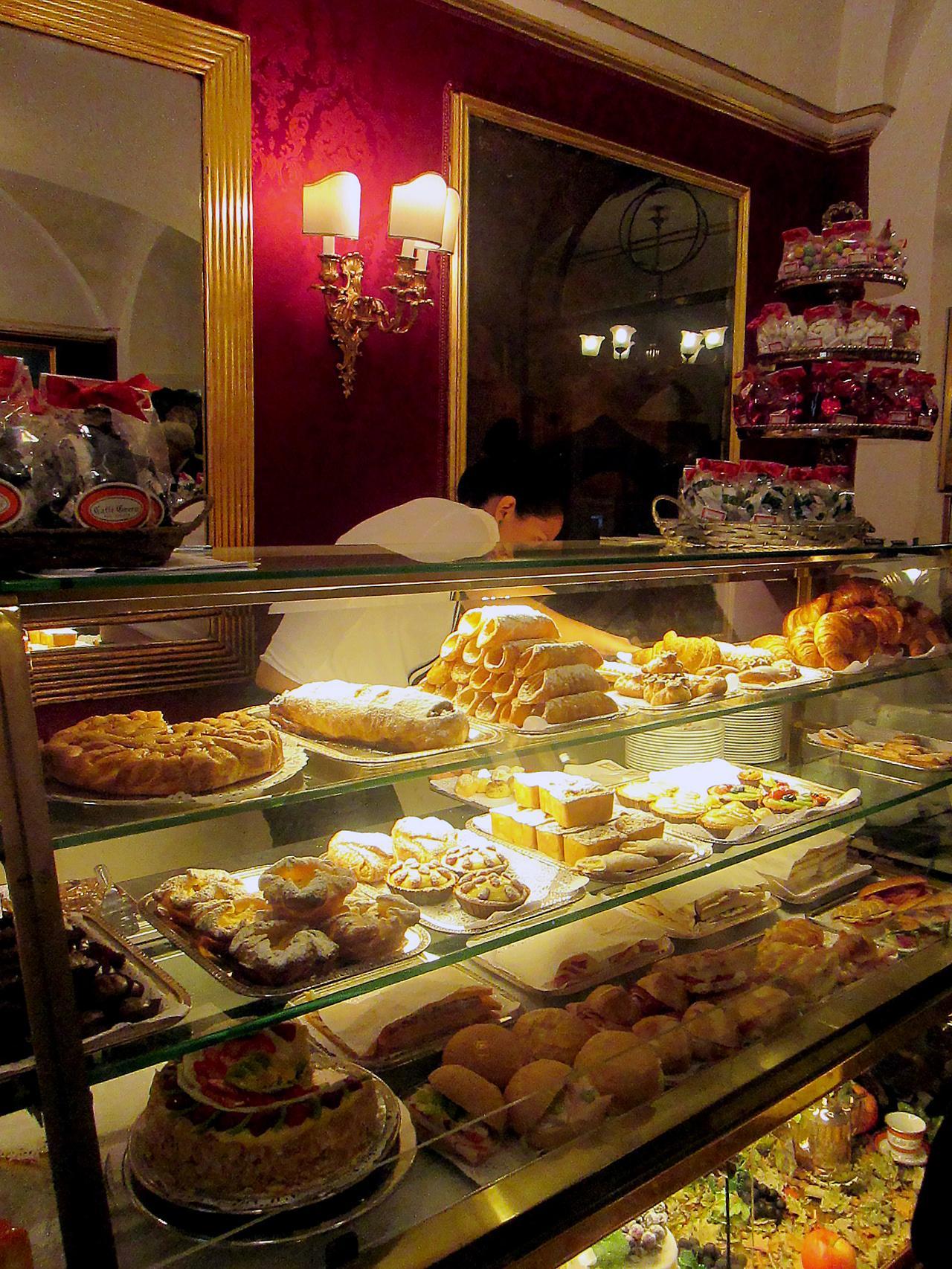 cafe greco cukiernia Rzym