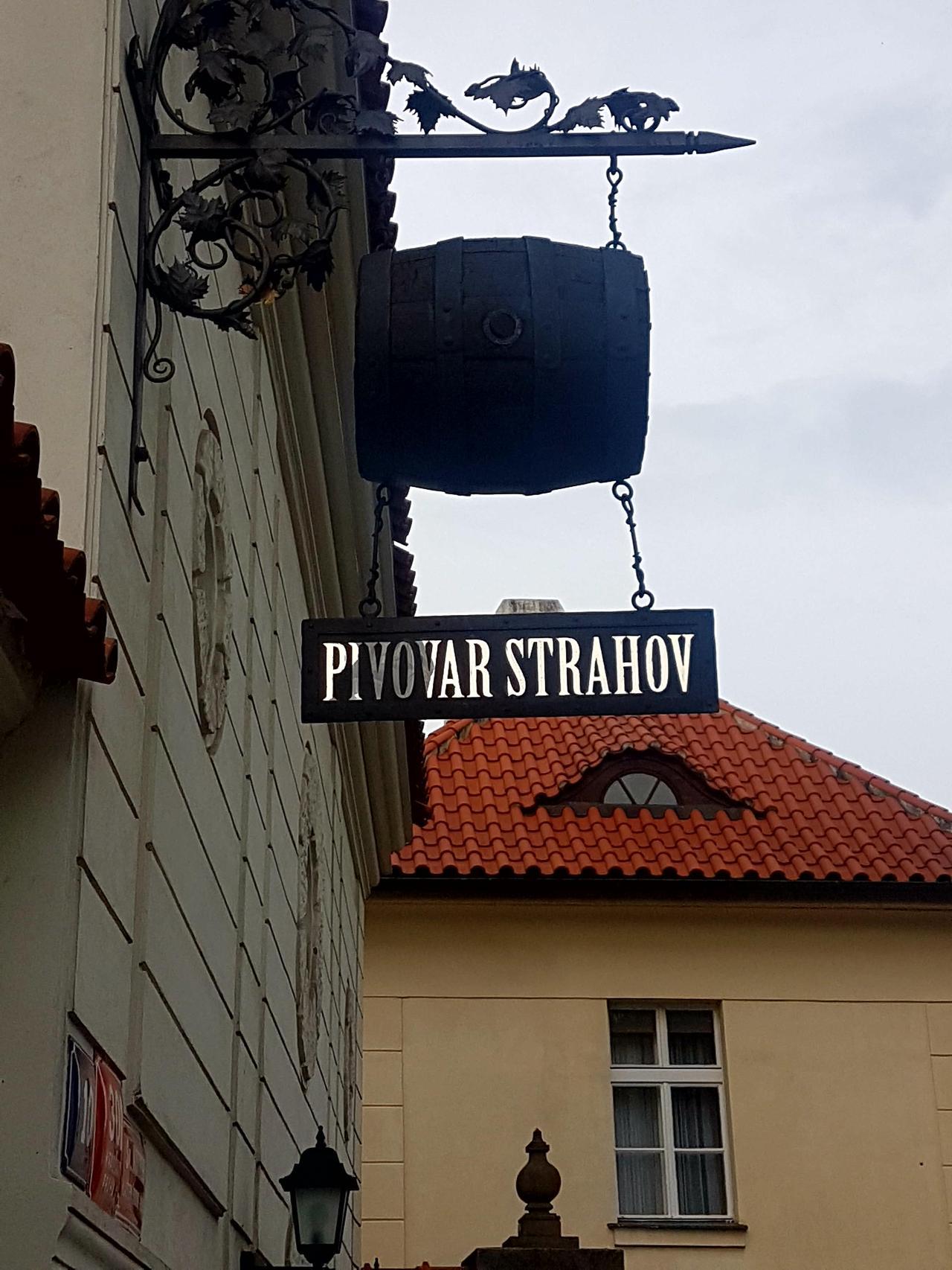 Piwo strahov Praga czeska