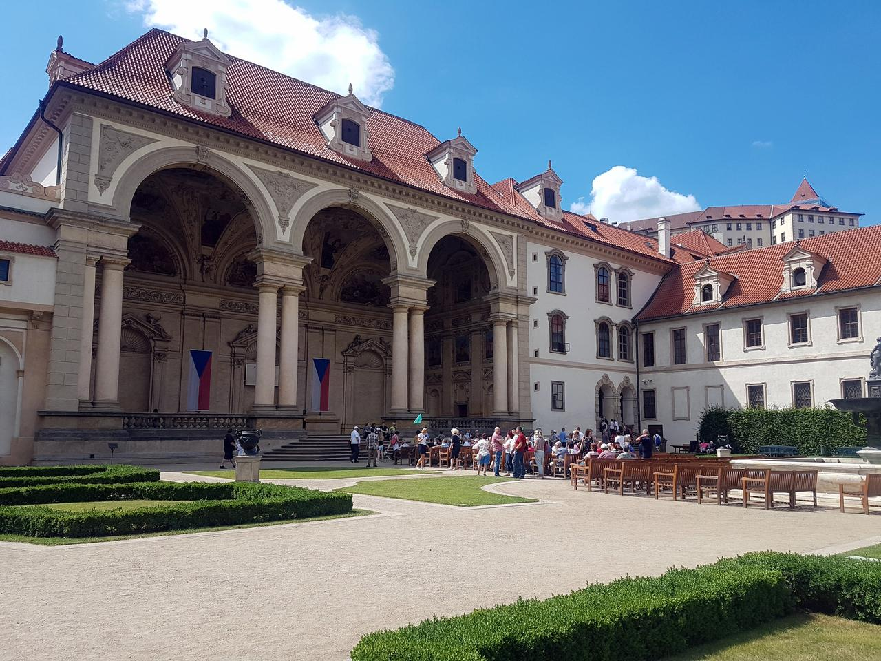 ogrody Senatu Praga