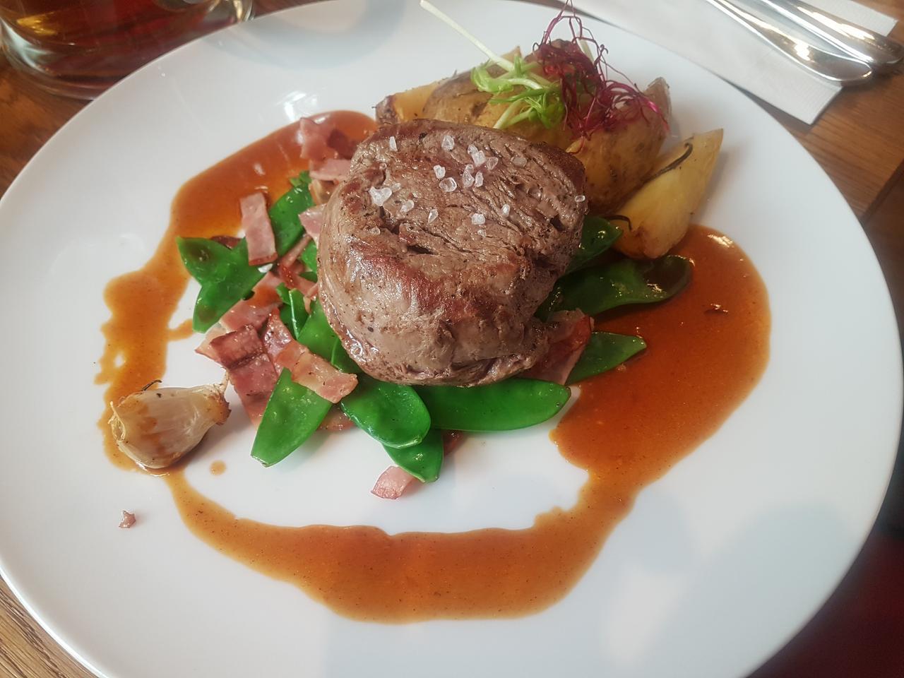 jedzenie steak Praga czeska