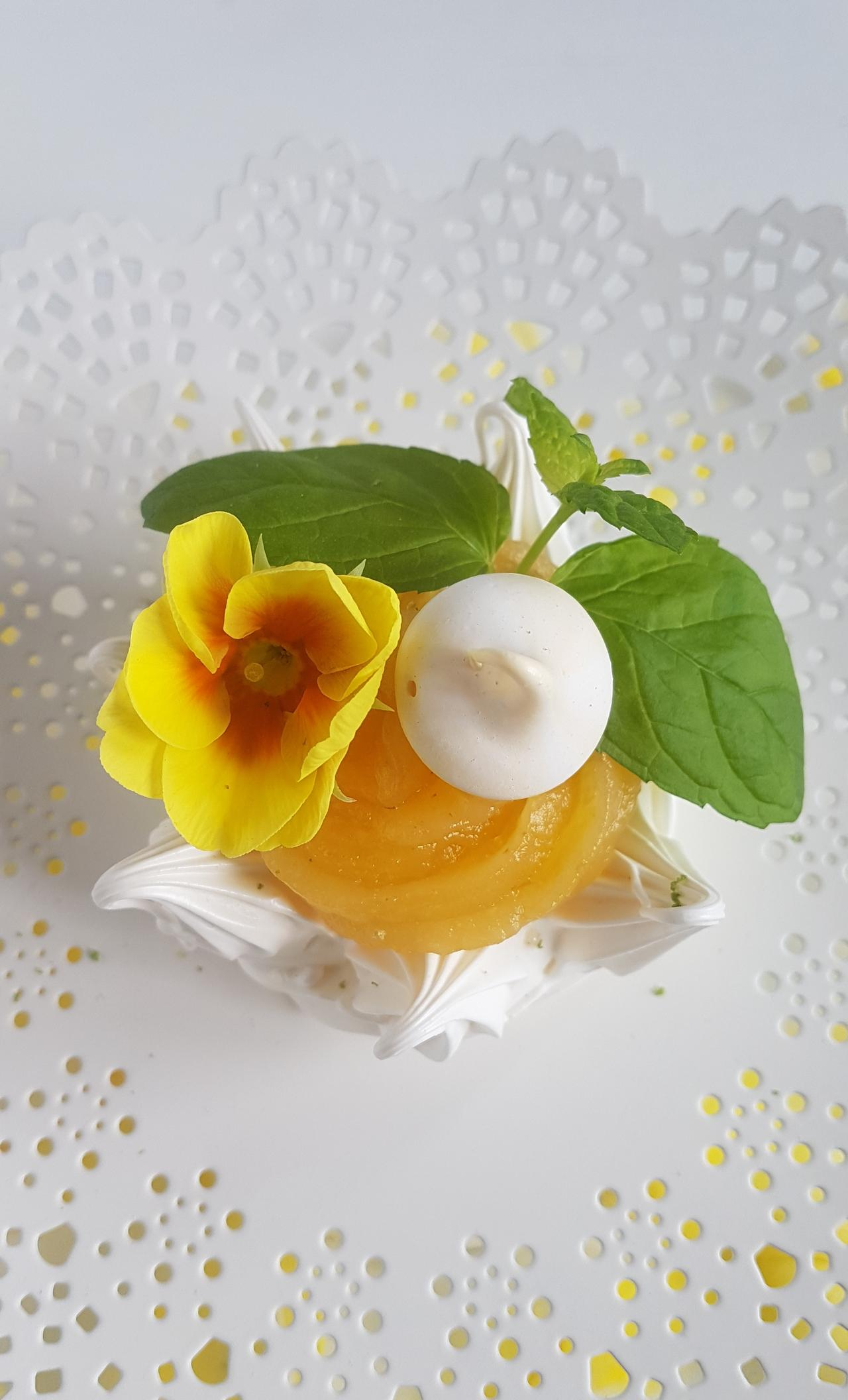 bezowe gniazdka z lemon curd