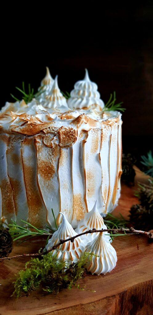 tort z beza wloska