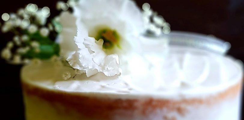 eustoma do dekoracji tortu